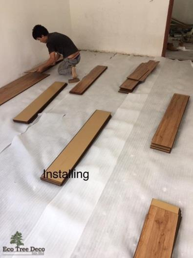 Cut Laminate Flooring On Invaber Each Plank Uses Simple Click Cut