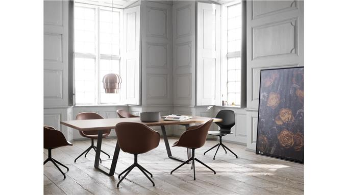 Space Around - Large Table Top Ensures Room
