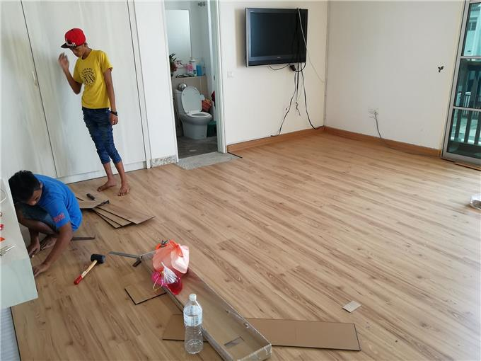 Composite Wood Distributor On Invaber Water Resistant Laminate